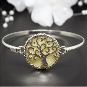 Jewelry - Mother-Of-Pearl Tree of Life Gold Bangle Bracelet